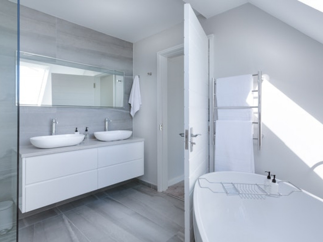Take a look at these helpful bathroom renovation tips